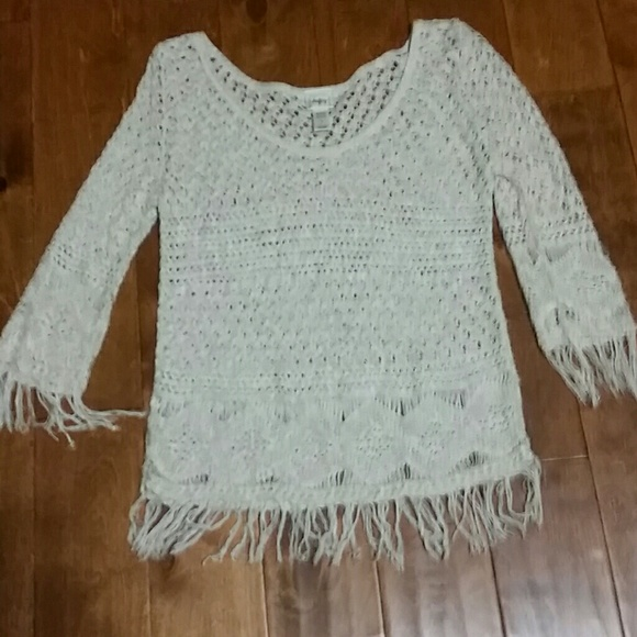 Daytrip Tops - Oatmeal fringed top